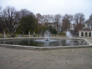 fountain05.jpg by orca