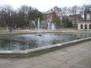 fountain01.jpg by orca