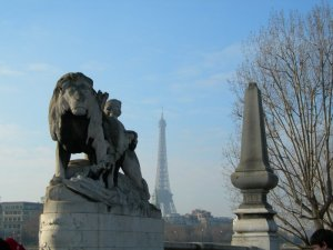 eiffel_and_lion.jpg by orca