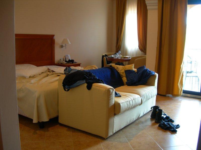 bedroom.jpg by orca