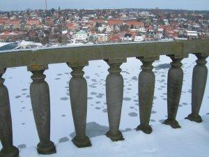 snowycolumns2.jpg by orca