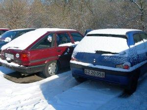 cars1.jpg by orca