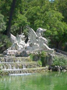 fountain02.jpg by orca